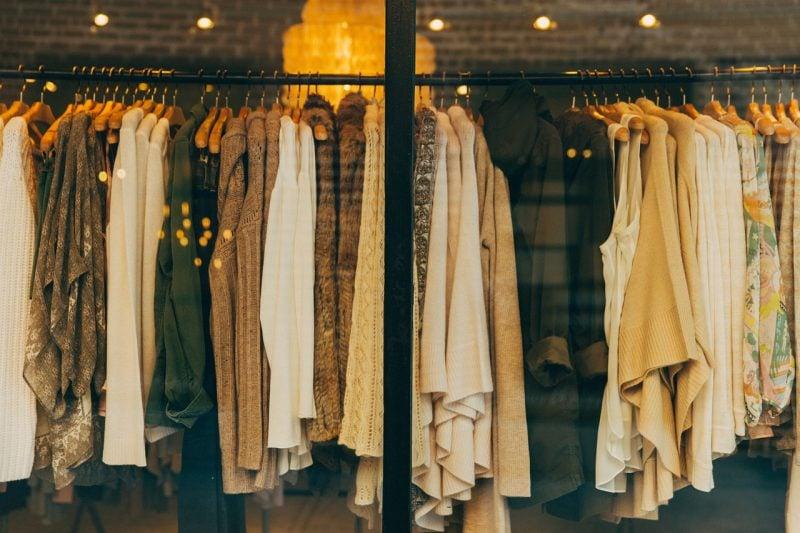 como ser revendedora de roupas