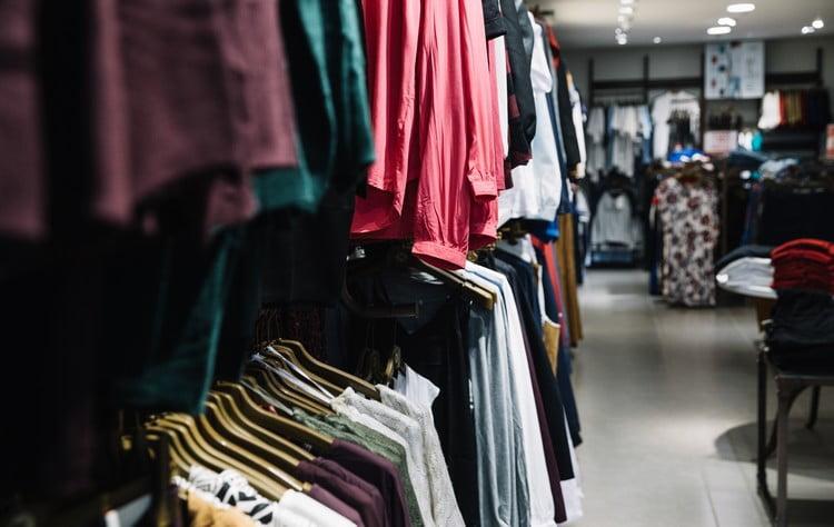 onde comprar roupas baratas em blumenau-sc