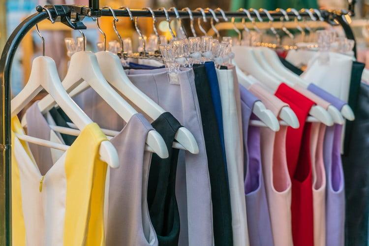 roupas da 25 de Março