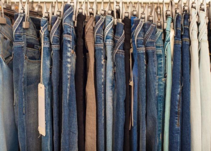jeans de fábrica em Toritama